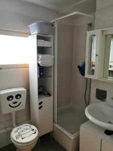 A bathroom at Einfamilienhaus in Stadt Wien