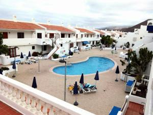 A view of the pool at Royale apartaments los cristianos or nearby