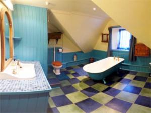 A bathroom at Prospecthill
