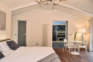 Uma cama ou camas num quarto em Terra Prime Suite