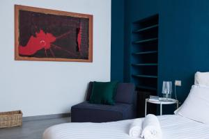 A bed or beds in a room at Aplace2be - Cadorna Apartment