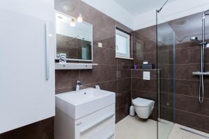 A bathroom at Villa Daria