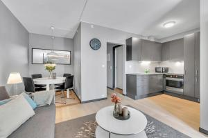 A kitchen or kitchenette at Forenom Serviced Apartments Oslo Carl Berners Plass