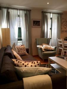 Гостиная зона в St.Spyridon Suites