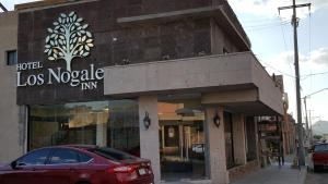 Los Nogales Inn