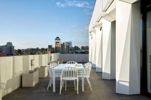 A balcony or terrace at 381 Cremorne