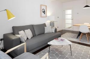 Zona de estar de Marina by FeelFree Rentals