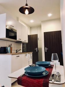 Dapur atau dapur kecil di Luxury apartment Prague