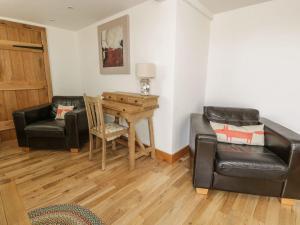 A seating area at Rose Bank Cottage, Ellesmere