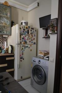 Кухня или мини-кухня в apartment