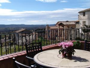 A balcony or terrace at Apartamentos Casa Sanz