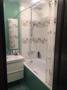 Ванная комната в Apartments on Sevasopolskaya