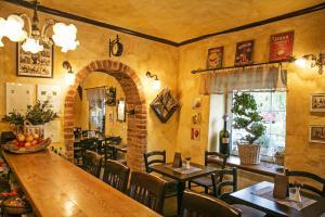 Lounge oder Bar in der Unterkunft Apartments Hiša Pod Gradom