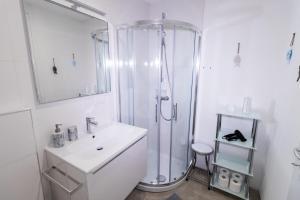 A bathroom at Apartments Bella Tara