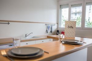 Cuisine ou kitchenette dans l'établissement Luckey Homes - Boulevard General Vanier