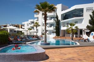 The swimming pool at or near Apartamentos Ferrera Beach
