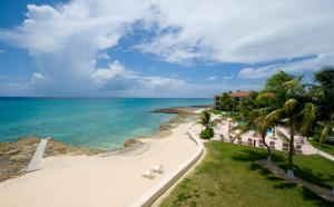 George Town Villas by Cayman Villas