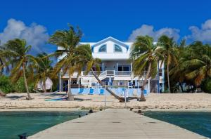 Sir Turtle Villa by Cayman Villas