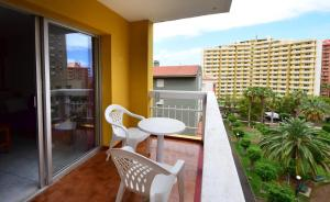 A balcony or terrace at Tenerife Ving