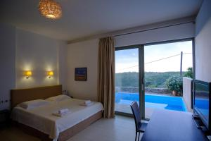 A view of the pool at Gerakari Suites or nearby