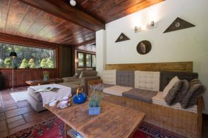 A seating area at Chalet L'Armailli