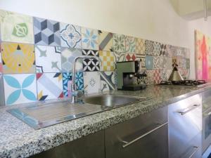 A kitchen or kitchenette at alhaja del cerro blanco