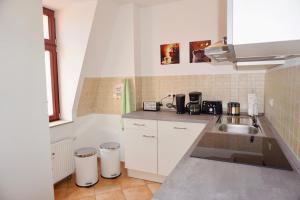 Küche/Küchenzeile in der Unterkunft Manitius 9, DD-Friedrichstadt (Zentrumsnah)