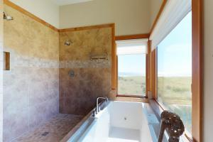 A bathroom at Jaeger