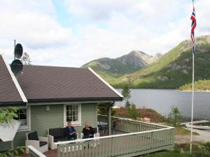 Three-Bedroom Holiday home in Jørpeland 1