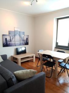 A seating area at Roggiana Apartment