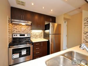 A kitchen or kitchenette at Odyssey