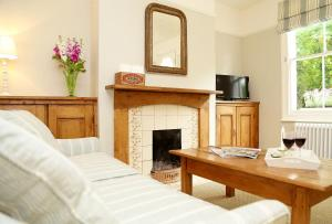A television and/or entertainment center at Two Doves Cottage