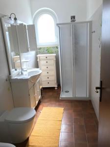 A bathroom at Lugano lake's luxury residence