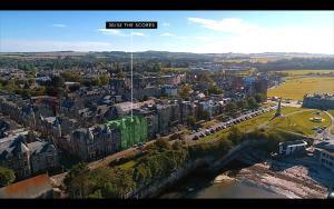 Ptičja perspektiva nastanitve 30B The Scores - 2018 luxury sea view apartment