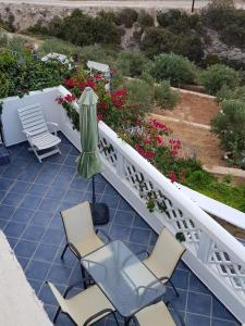 A balcony or terrace at Sophid Village Ardani