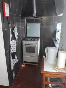 A kitchen or kitchenette at Casa Bela Vista