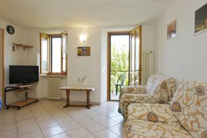 A seating area at Appartamento Rosalia