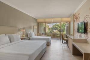 Taal Vista Hotel