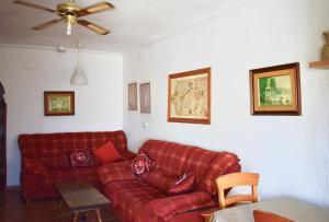 A seating area at Villa Escarlata