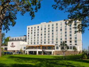 DoubleTree by Hilton Hotel Niagara Falls New York