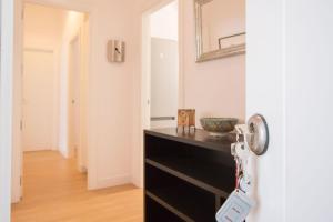 A kitchen or kitchenette at Murallas de Sevilla Apartamento con garaje 4 pax