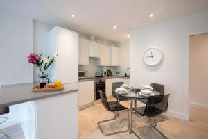 Köök või kööginurk majutusasutuses Hampden Apartments - The George