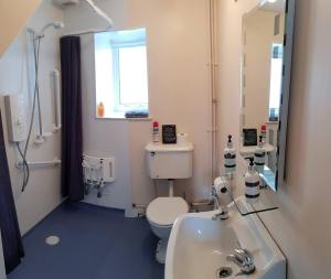 A bathroom at Badarroch Cottage