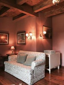 A seating area at Apartamento vistas Taull