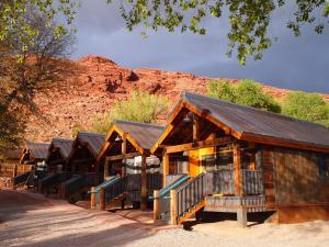 resort moab springs ranch ut. Black Bedroom Furniture Sets. Home Design Ideas