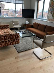 A seating area at Gorgeous Two Bedroom, Two Bath West Village Apartment