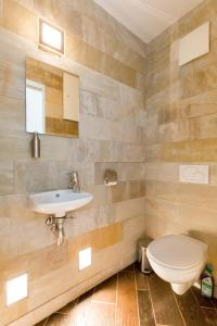 A bathroom at BPM-Riverhood Studio