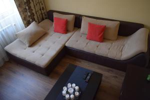 A seating area at Apartament Camelia Orsova
