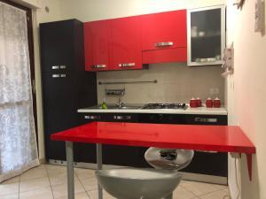 Cucina o angolo cottura di Accogliente bilocale a 1 Km dal centro