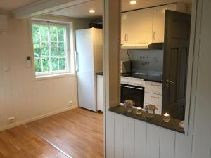 A kitchen or kitchenette at Holiday house in Flekkefjord